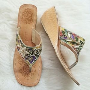 🔥3/$25 🔥 NYLA beaded Embroidered Sandal wooden